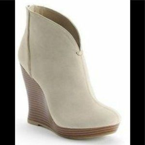Jennifer Lopez Reena Natural Ankle Bootie 7